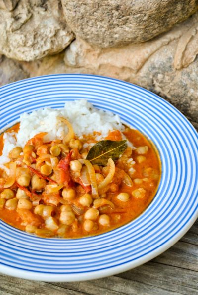 Tomato2Band2Bchickpea2Bcurry2Bwith2Bcoconut2Bmilk2B2.jpg