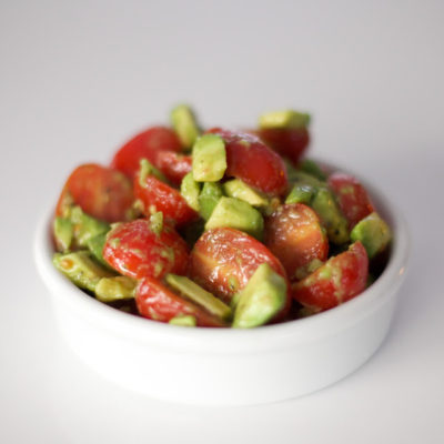 tomati-avokaadosalat.jpg